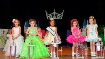 Prohíben concursos de belleza infantiles en La Paz por