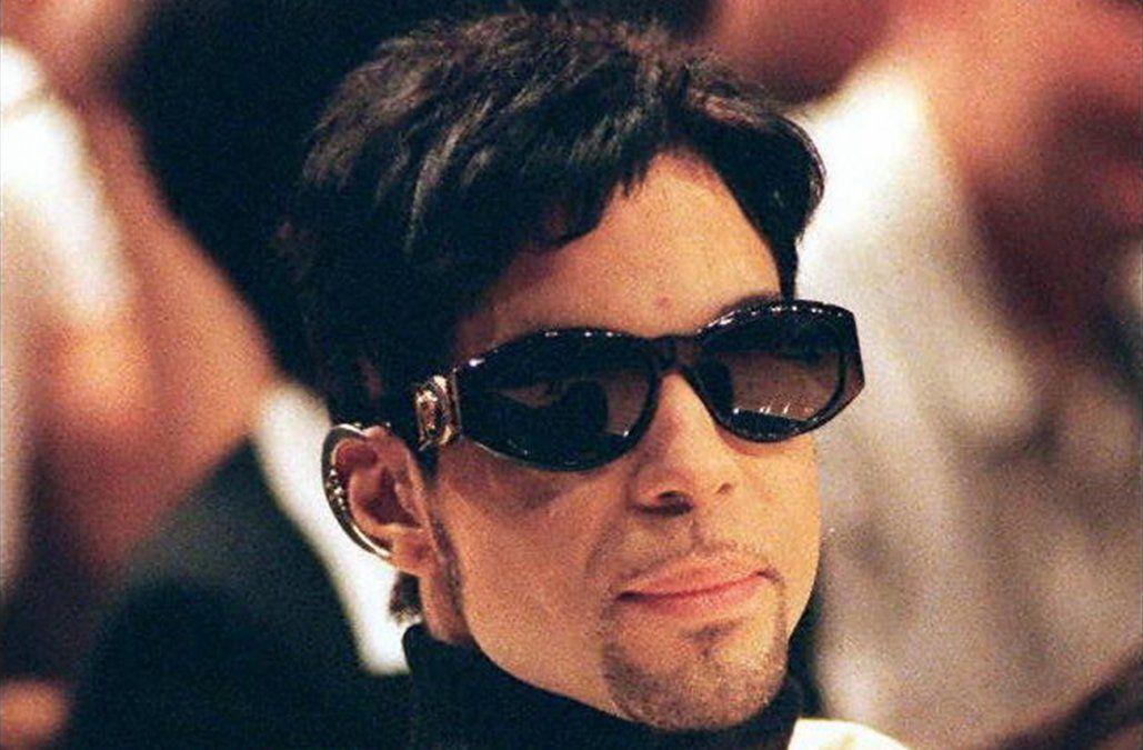 Warner Bros lanzará álbum póstumo de Prince a 60 años de su nacimiento