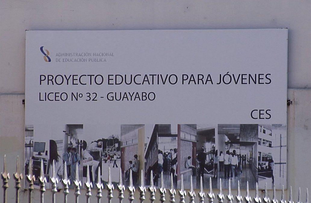 Levantan ocupación en Liceo 32: habrá dos nuevos grupos para estudiantes sordos