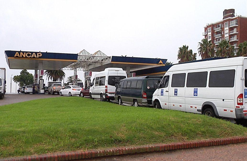 Sigue escasez de nafta en estaciones de Montevideo y el este del país