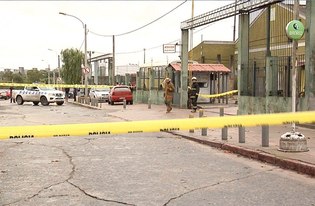 Delincuentes huyen sin hacer explotar cajero automático en sede de UCOT