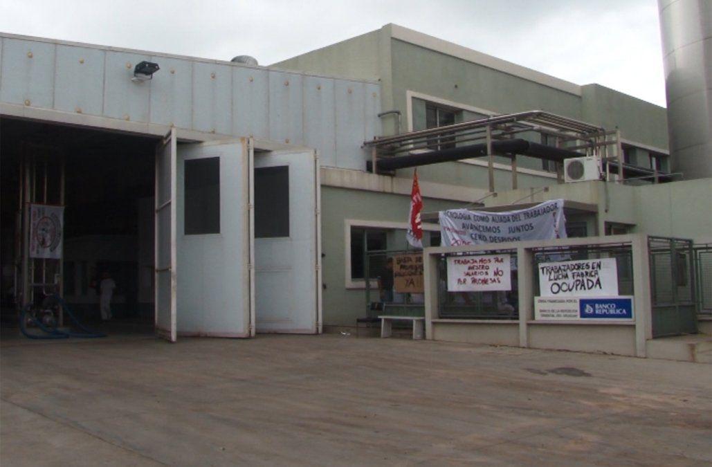 Trabajadores de PILI ocuparon la planta en Paysandú por sueldo impago