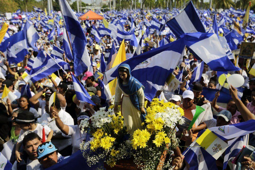 Al menos 43 muertos en protestas populares contra el gobierno en Nicaragua