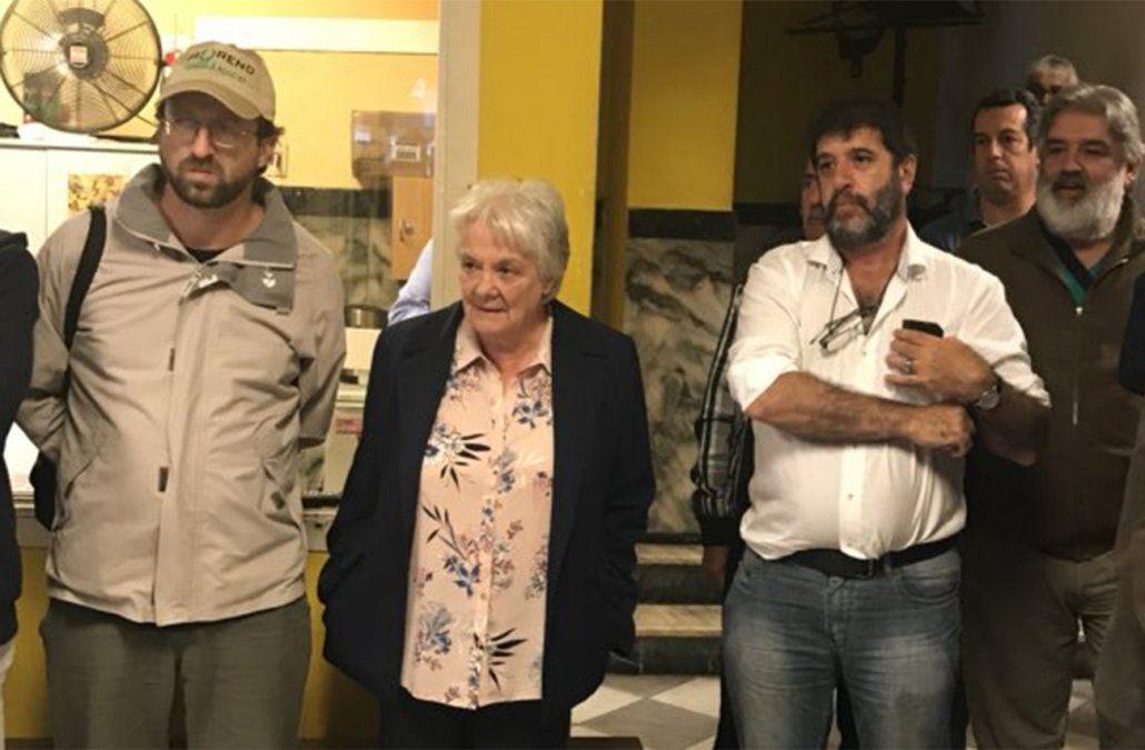 Presidente del PIT-CNT Fernando Pereira junto a la vicepresidenta de la República Lucía Topolansky en acto de apoyo a Lula.