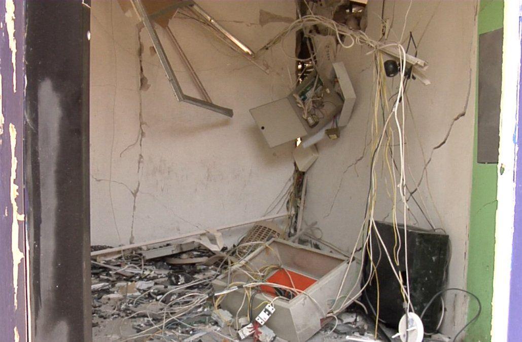 Formalizan investigación de presunto autor de explosión a cajero automático