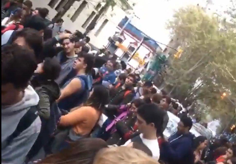 Desalojaron la Facultad de Economía por una amenaza de bomba