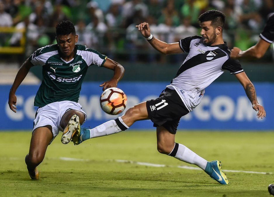 Danubio se impuso 3-2 ante Deportivo Cali por la Sudamericana
