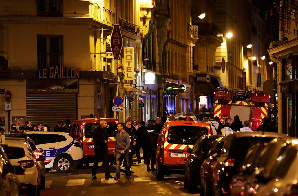Grupo Estado Islámico reivindicó ataque en París que dejó dos muertos