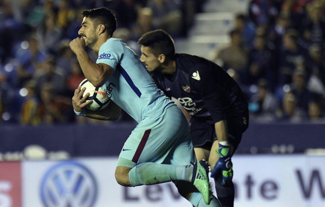 Suárez iguala a Ronaldo en la tabla de goleadores de España