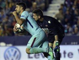 altText(Suárez iguala a Ronaldo en la tabla de goleadores de España)}