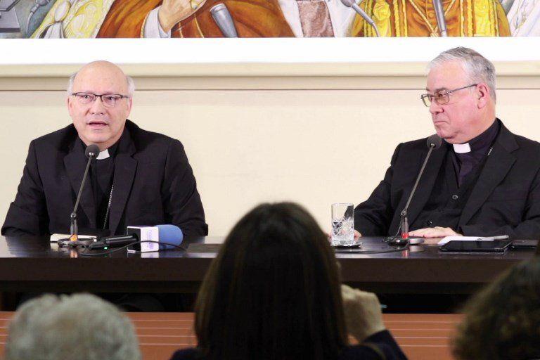 Miembros de la Conferencia de Obispos de Chile