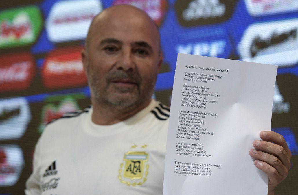 Renuncia masiva de colaboradores del DT argentino, Jorge Sampaoli