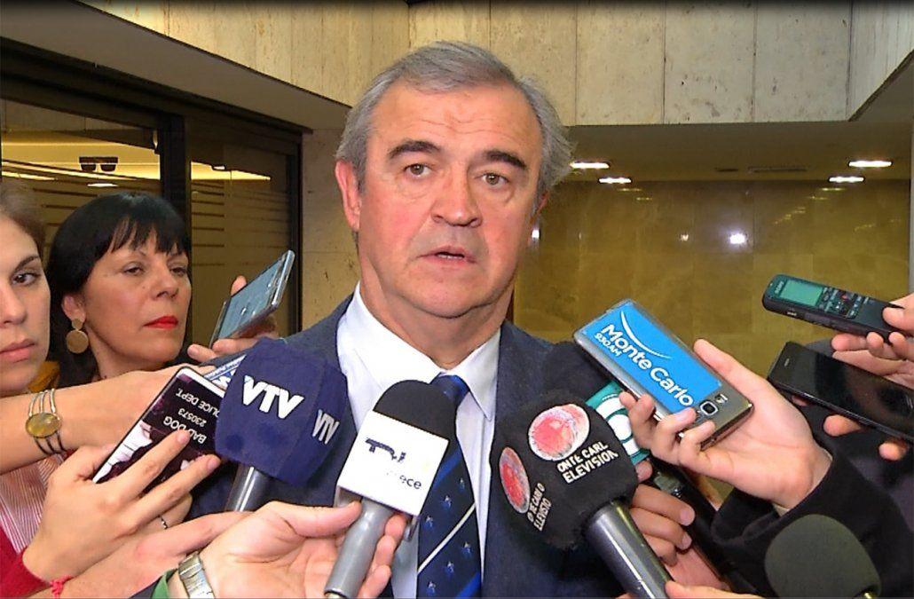 Comenzó la recolección de firmas de Larrañaga para reformar la Constitución
