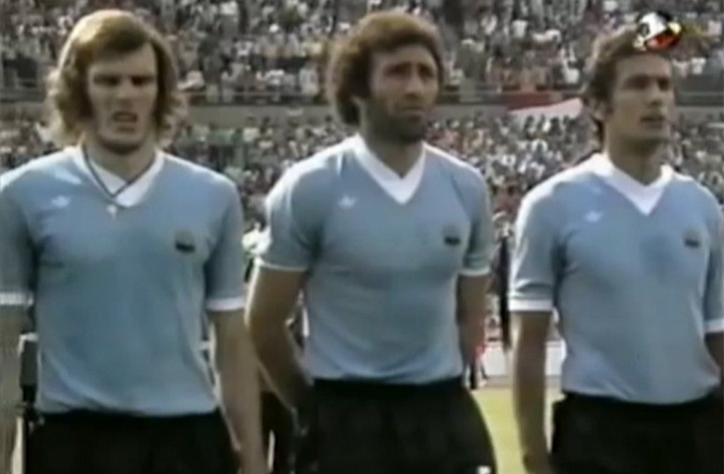 Ocho décadas de fútbol II: festejos exacerbados, protestas inigualables y más...