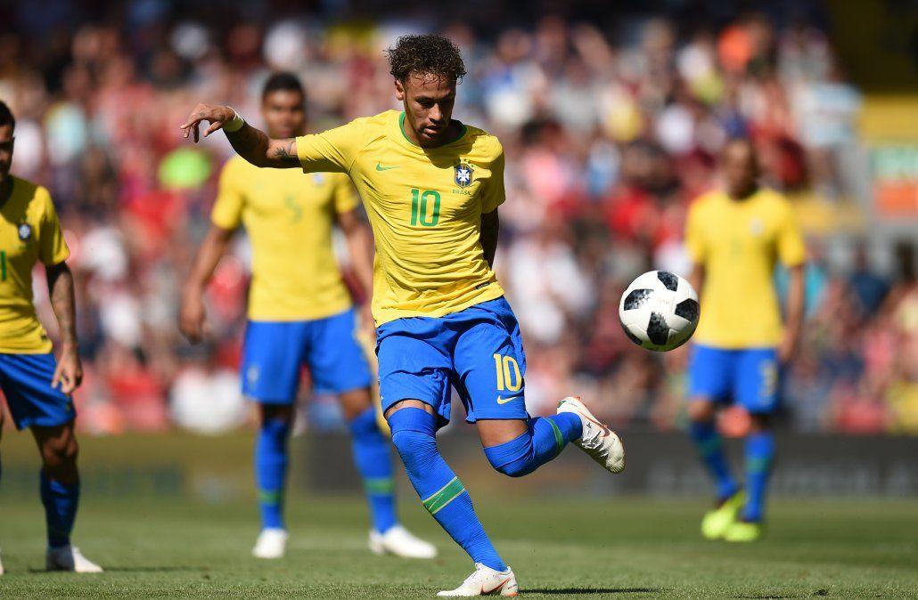 Neymar volvió a jugar e hizo un golazo ante Croacia