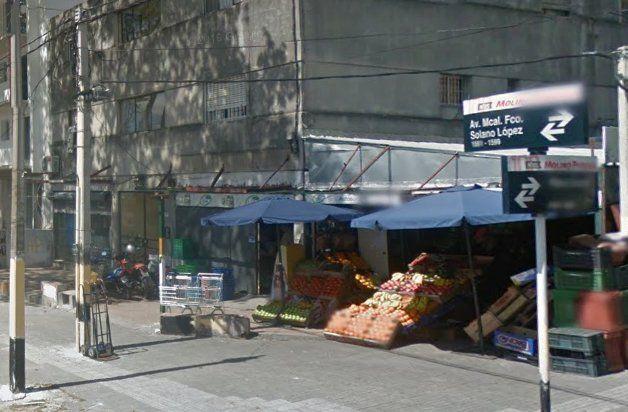La esquina de Solano López y Pérez Gomar