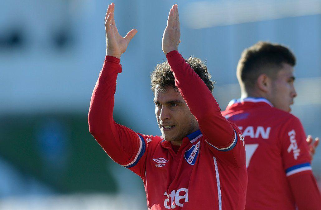 Nacional venció a Danubio, ganó la Serie A y jugará la final