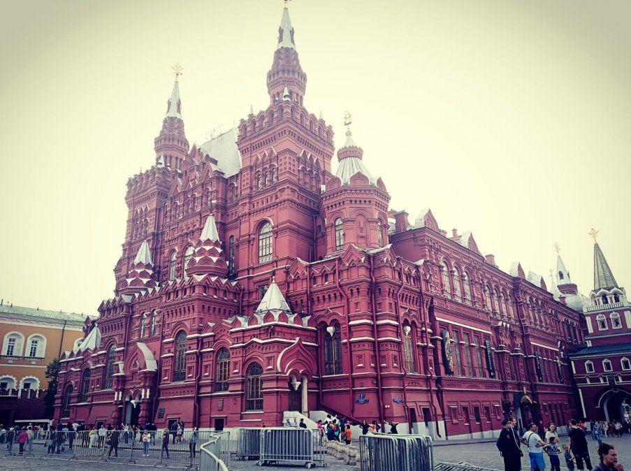 El imponente State Historical Museum de Moscú