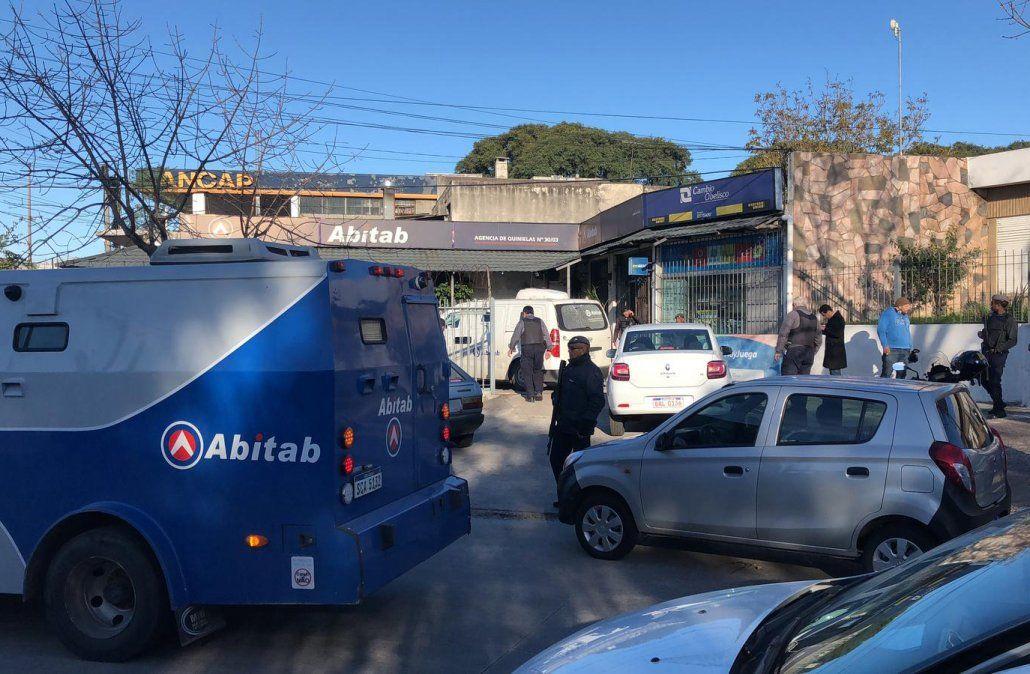 Banda de delincuentes cometió un violento asalto con tiroteo a un local de pagos