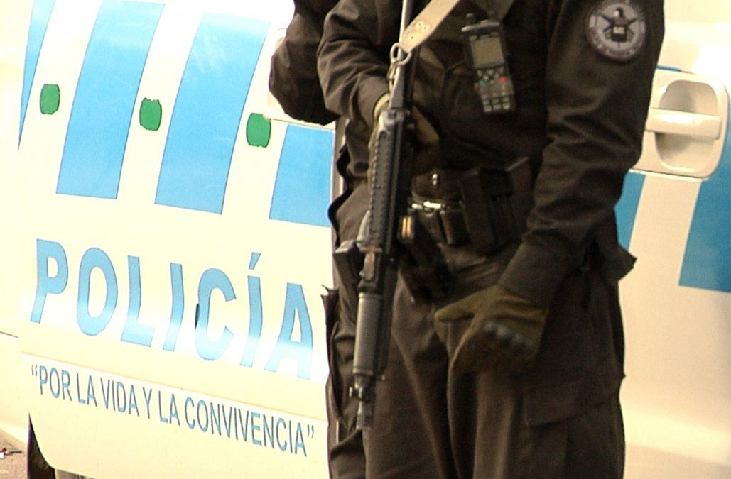 Tres detenidos por el homicidio de una mujer encontrada calcinada en una cañada