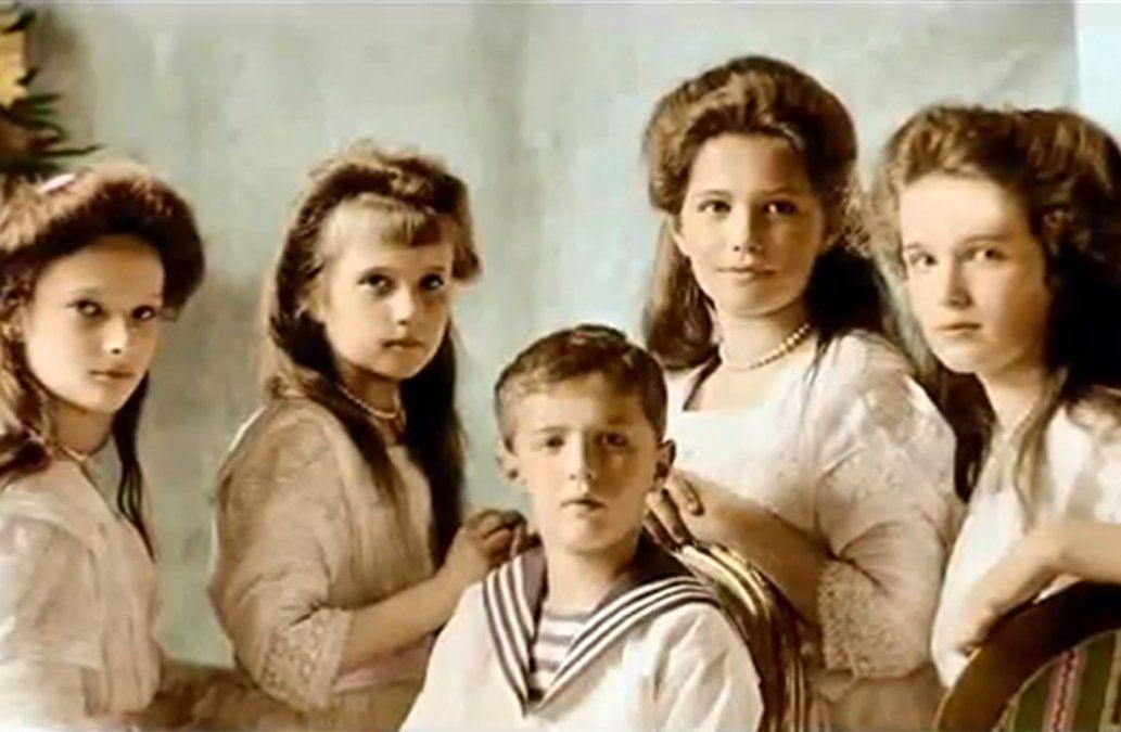 Foto coloreada de los niños Romanov.