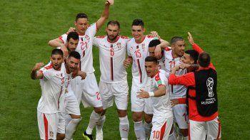 Serbia venció a Costa Rica 1 - 0 y pinchó la ilusión a los ticos