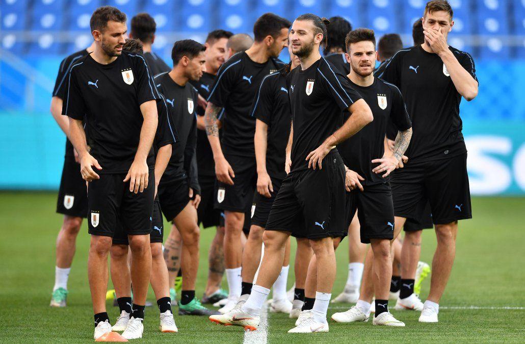 El plantel celeste se instaló en Rostov y realizó el último entrenamiento antes del partido del miércoles (AFP)