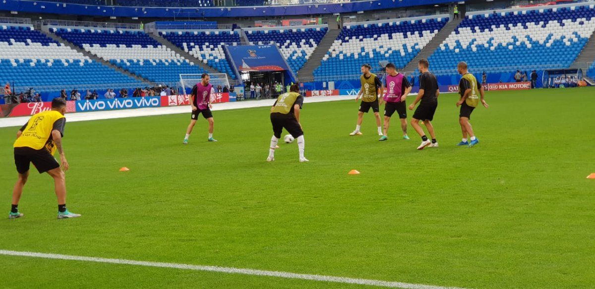 Uruguay ya está en Samara y se prepara para el partido ante Rusia