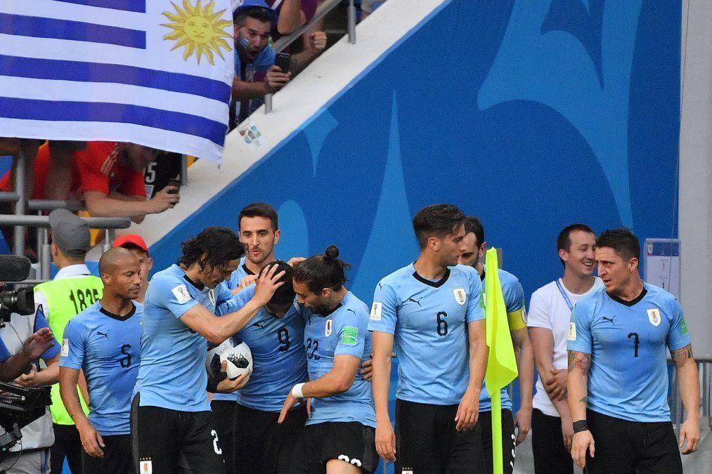 Uruguay va a por el primer lugar del Grupo A contra Rusia, desde las 11