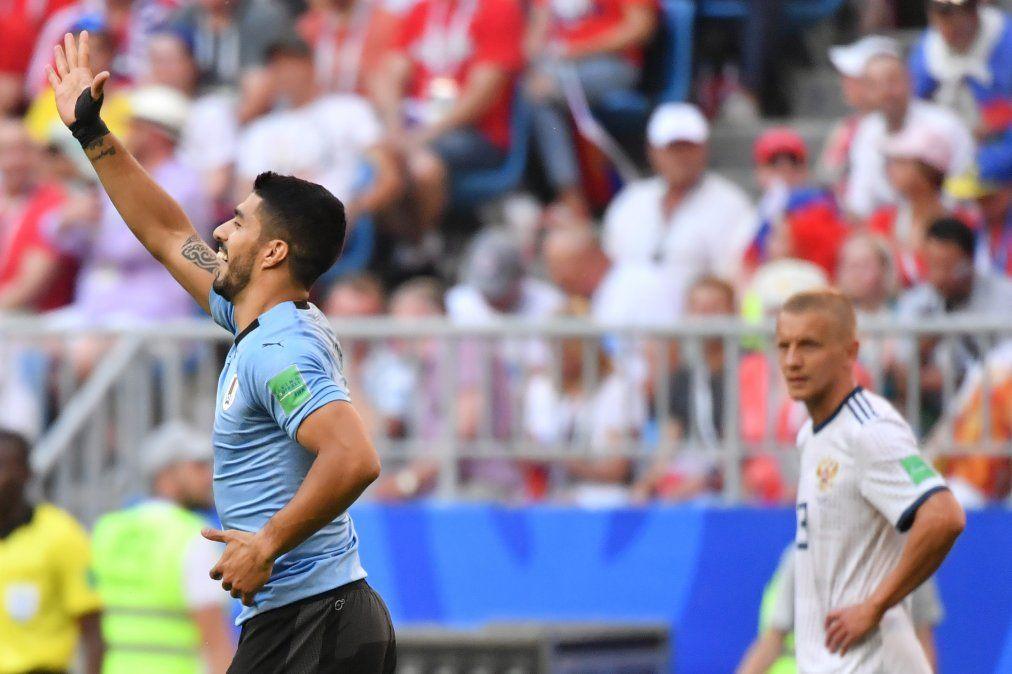 Los mejores momentos de Uruguay - Rusia en imágenes