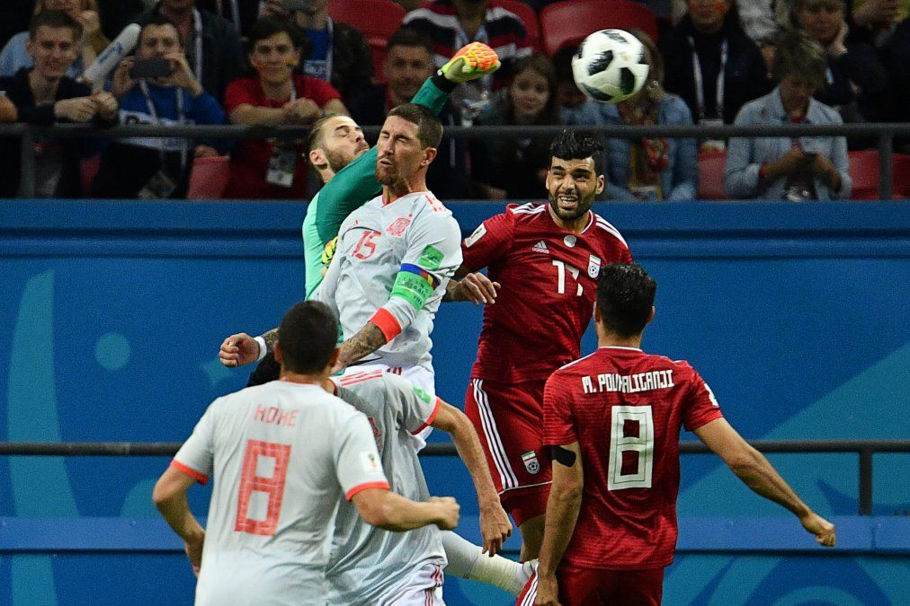 España le ganó el Grupo B a Portugal porque hizo un gol más