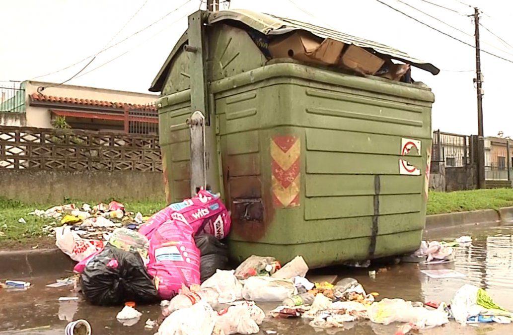 Intendencia aplicó 208 multas en 40 días por arrojar basura en lugares inapropiados