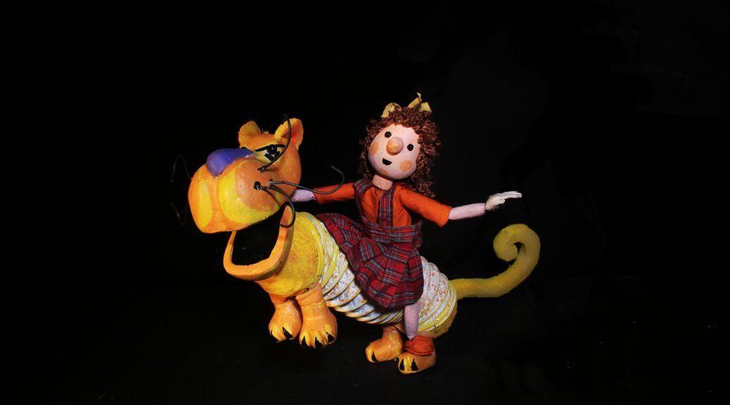 La madre de todos los animales de Javier Peraza en el Teatro Circular