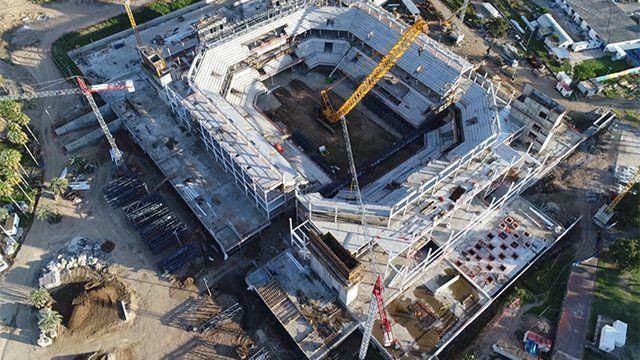 El Antel Arena visto desde el aire en el mes de marzo. las obras continúan a gran ritmo