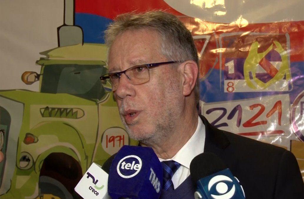 Jorge Vázquez anuncia el ingreso de 300 policías y 500 para Guardia Republicana