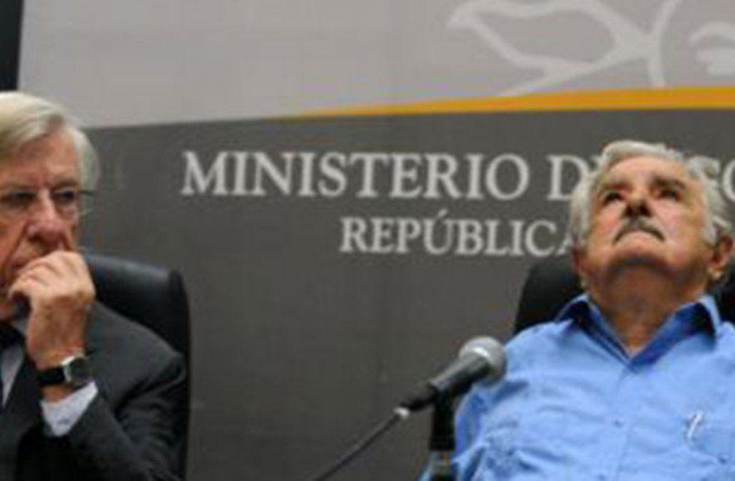 Mujica dice tener en la cabeza a un candidato independiente para el Frente Amplio