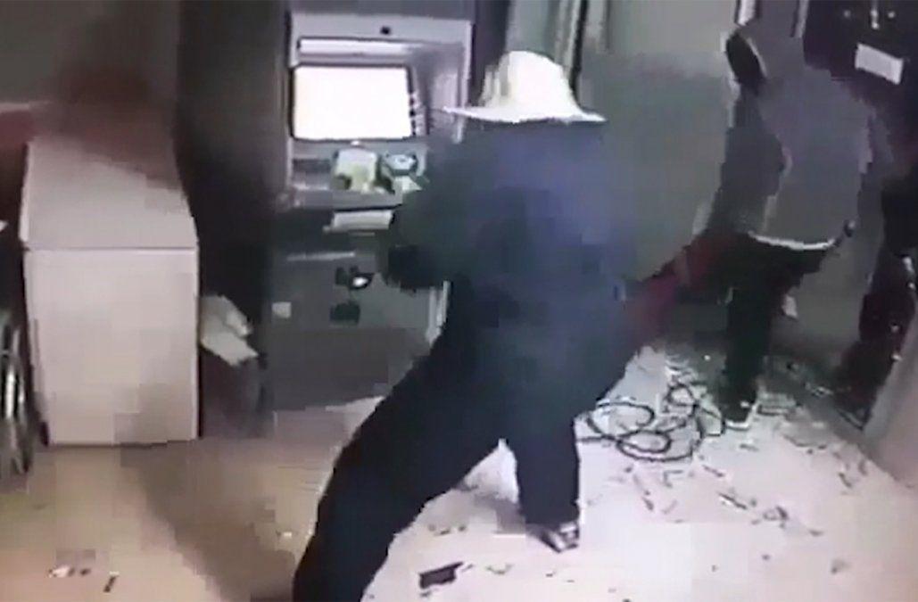 Delincuente a prisión por explotar un cajero en una mutualista de Rosario