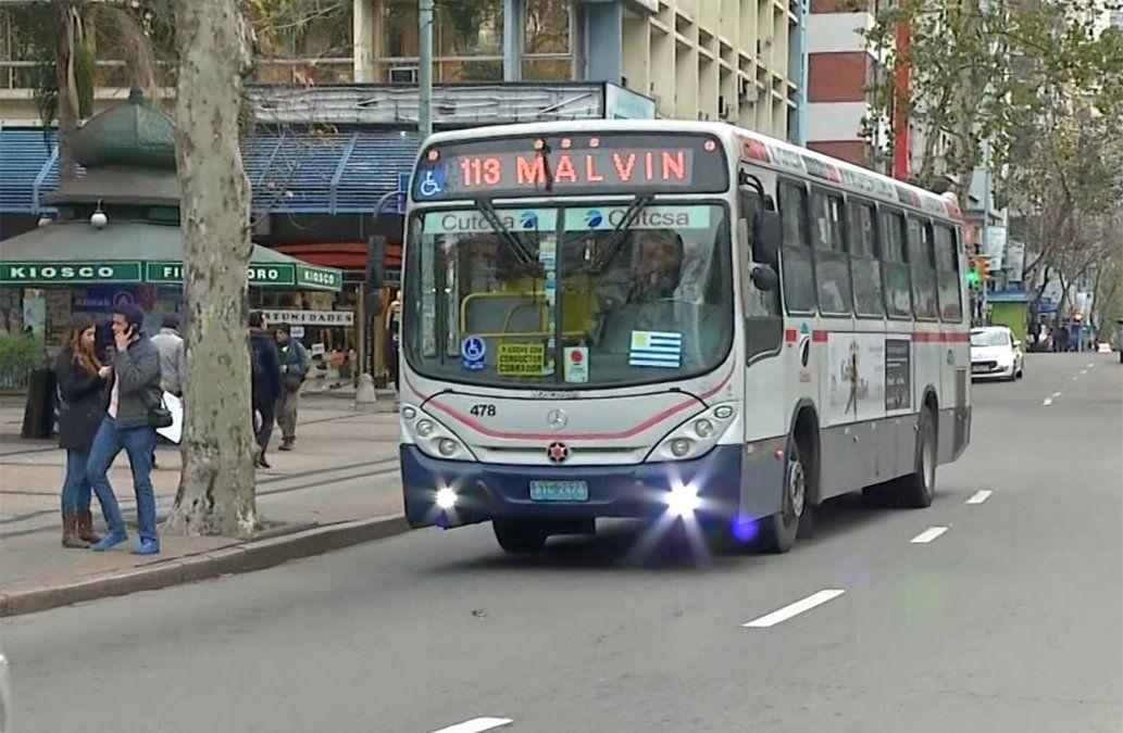 Cambia la ruta de 10 buses para reducir circulación en 18 de Julio