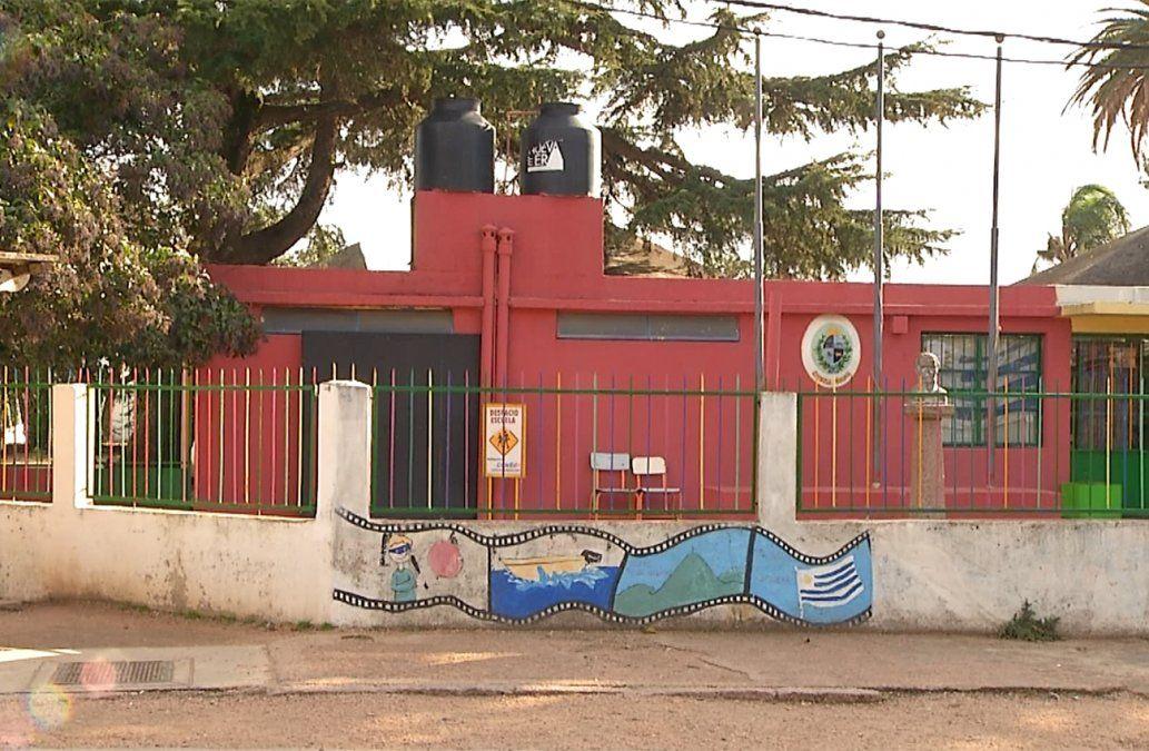 Robaron y destrozaron 11 veces una escuela en Canelones