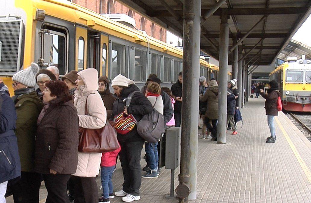 Paseo en tren al barrio Peñarol: un clásico de las vacaciones de invierno
