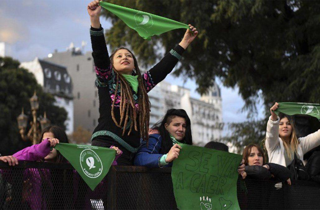 Senado abrió discusión de proyecto para legalizar aborto en Argentina