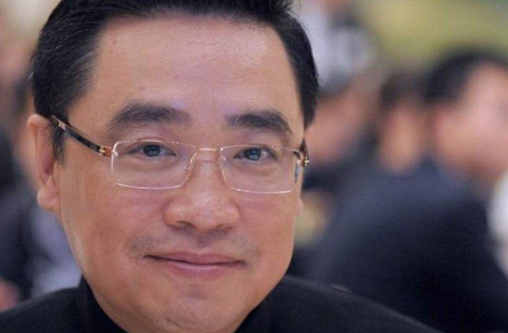 Multimillonario chino murió tras caída de 10 metros cuando intentaba sacarse una selfie