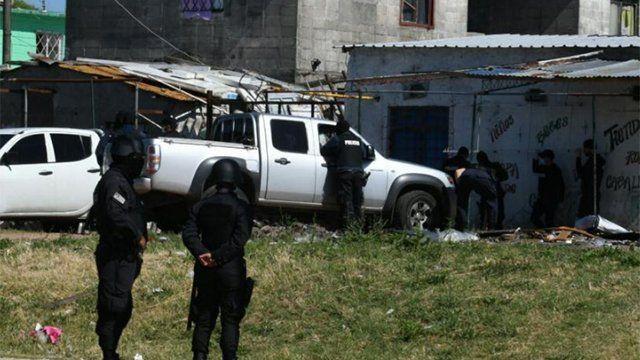 Operativo policial para detener a integrantes de Los Chingas