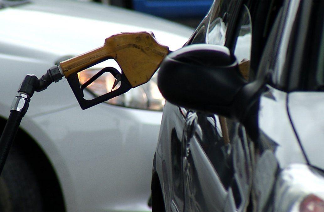 Gobierno reduce el IMESI a las naftas en las estaciones de servicio de la frontera