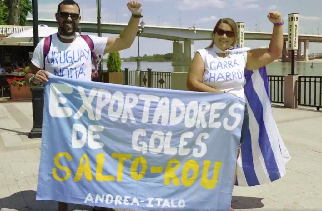 El homenaje de Edinson Cavani a los hinchas de Uruguay
