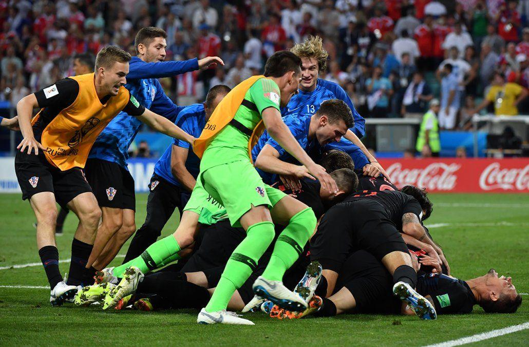 Croacia eliminó a Rusia por penales y enfrentará a Inglaterra en semifinales