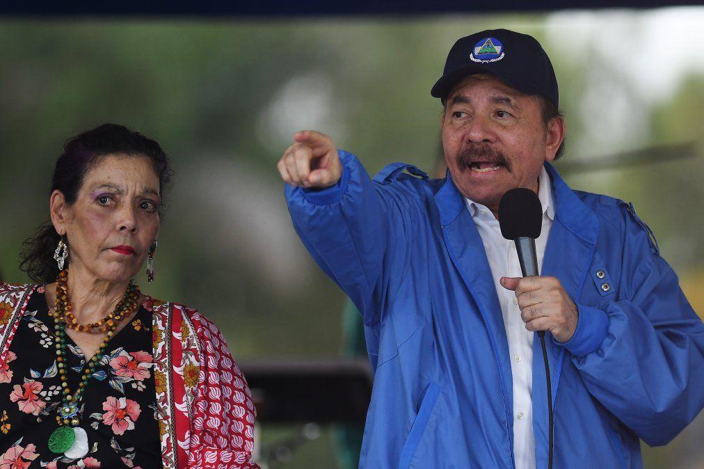 Estados Unidos responsabiliza a Ortega y Murillo por violencia en Nicaragua