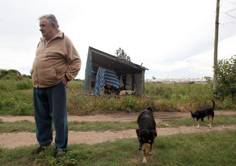 Mujica dijo que es muy osado pensar en la presidencia de la República