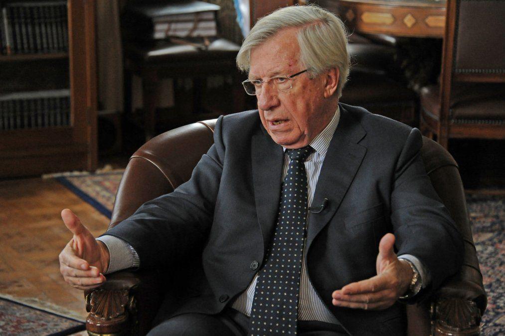 Astori comienza a analizar su candidatura presidencial con el Frente Líber Seregni