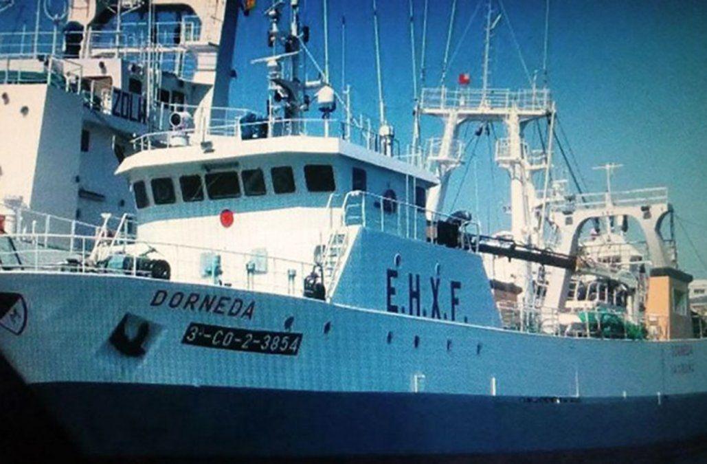 Sobrevivientes de buque pesquero español hundido llegarán a Montevideo